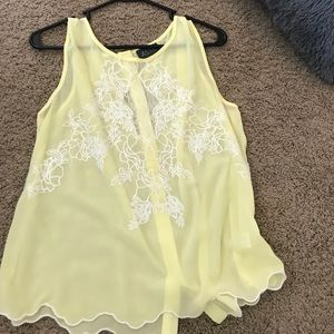 ASTR yellow top with lace
